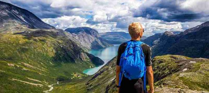 8 Best Hiking Trails Around The World